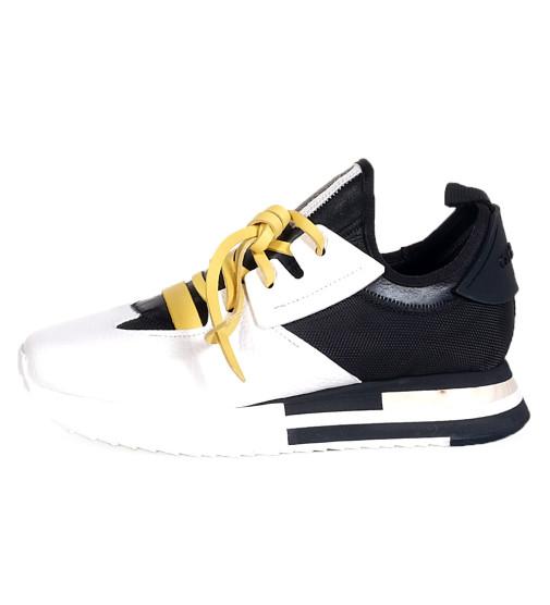 Levis Acc.
